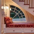 Идеи обустройства пространства под лестницей