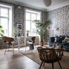 Обои, которые изменили всё: атмосферный интерьер квартиры в Швеции