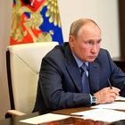 Путин разрешил работу чиновников с иностранным гражданством в исключительных случаях