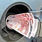 7 советов, которые помогут не опустошить кошелёк на заправках