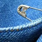 Как носить булавку, чтобы привлечь удачу, любовь и защититься от негатива?