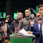 «Уберите за собой»: Зеленский отменит решения Порошенко