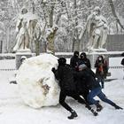 Испанию накрыло сильнейшим снегопадом за последние 50 лет