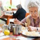 Как нужно питаться пожилым людям