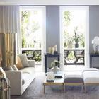 Душевая из красного мрамора и роскошный задний двор в особняке в Сиднее