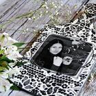 Превращаем разделочную доску в монохромный подарок с фото