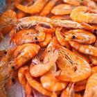 Жареные креветки с чесноком и соевым соусом