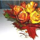 Букет роз из осенних листьев