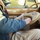 Платят ли пенсионеры налог на транспортное средство?
