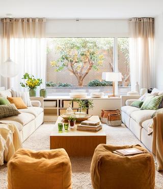 Чудесная квартира с патио в Барселоне