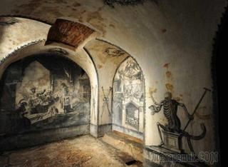Невероятные секреты древних склепов, которые раскрывают исторические тайны