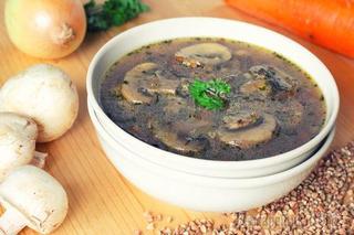 Гречневый суп с шампиньонами и фрикадельками