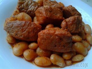 Свинина с фасолью - полезно и вкусно!