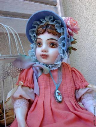 Шляпка для куклы «Викторианские розы»