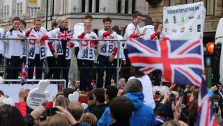 На парад олимпийцев Великобритании пробрались самозванцы