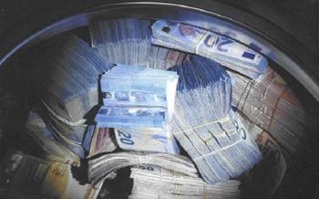 Двоих эстонцев обвиняют в крупнейшем в истории Финляндии отмывании денег