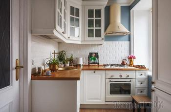Белая кухня с деревянной столешницей: современные фото и варианты дизайна