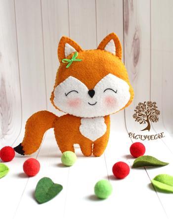 Шьем милую детскую игрушку из фетра «Лисичка»