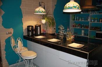 Кухня: морская, с росписью и островом