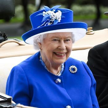 9 королевских драгоценностей, чьи секреты не менее интересны, чем дворцовые интриги