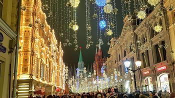 Москва новогодняя 07. Никольская улица и ГУМ