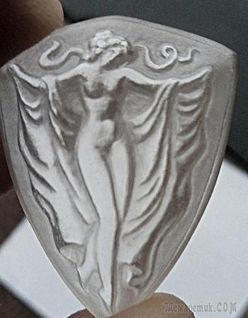 "Камея ""Нимфа"", кварц , 25 х 32 мм."