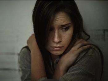 «Печалька»: 6 признаков, что вам нравится быть несчастной и как с этим бороться
