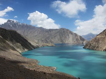 Самые глубокие озера в мире: цифры, которые вызывают неподдельное удивление