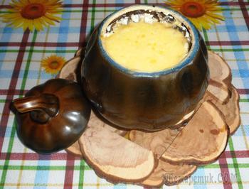 Фрикадельки с картошкой и грибами под сыром