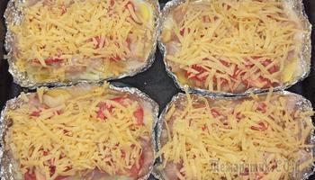 """Хоть на праздник, хоть на каждый день! Куриное филе""""Сюрприз"""" с картошкой и сыром"""