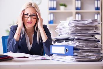 Женский коллектив: 8 советов, которые помогут выжить в офисе