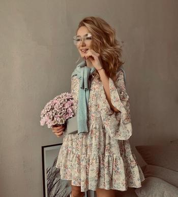 Как красиво носить шифоновое платье