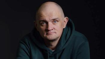Остался без квартиры: актера из «Папиных дочек» обманом выставили на улицу