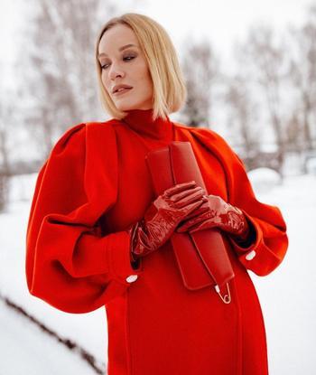 Деловой стиль в красном цвете