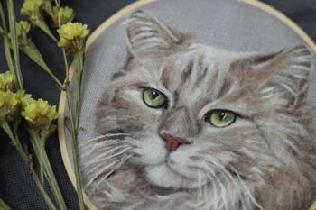 Портреты домашних животных, созданные из войлочной шерсти