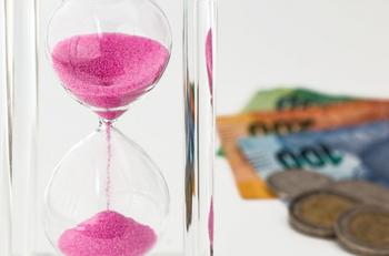 Финансовый гороскоп на июнь 2020: кого из знаков Зодиака ждет успех