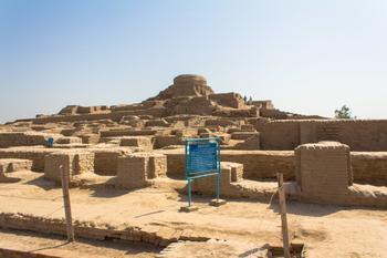 Тайна Мохенджо-Даро – идеального древнего города, все жители которого погибли в один миг