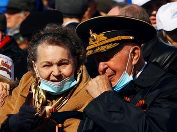 В Госдуме объяснили низкие выплаты ветеранам. «Они имеют много льгот»