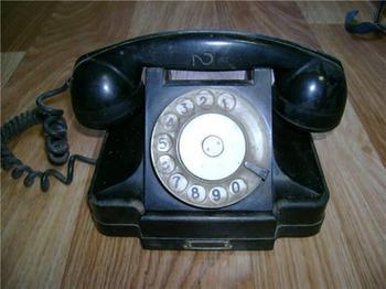 Телефонные аппараты из СССР