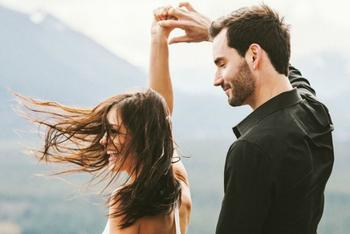 20 вещей, которые никогда не делают счастливые пары