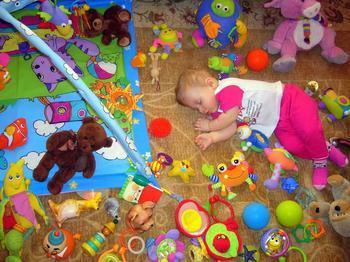 Сколько игрушек нужно ребенку? – советы родителям
