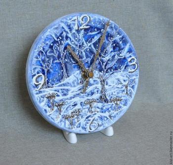 Декор часов «Синяя зима»
