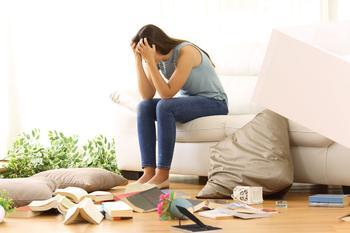 10 признаков людей, которых надо гнать из своей жизни