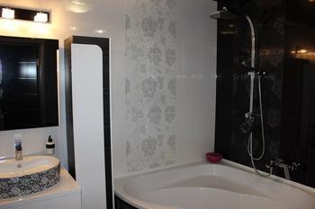 Моя ванная комната: раковину везла из Польши, за перевес заплатили 100 евро