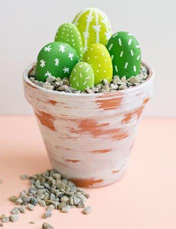 Декоративные кактусы из камней своими руками
