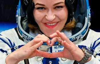 Запуск «киноэкипажа» в космос стоил бюджету 2 млрд рублей. Он помешал настоящим космонавтам