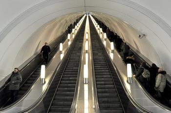 Самая глубокая станция метро в мире: где она находится?