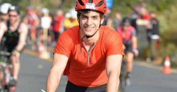Греческий студент из-за карантина пересек Европу на велосипеде