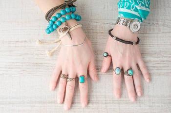Простые вещи, которые защищают от негатива: носите это с собой каждый день