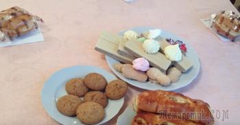Украинских чиновников на банкете накормили икрой и сыром, а инвалидов — зефиром